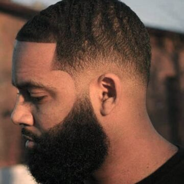 27 of the Flyest Black Men Beard Styles 🧔🏿