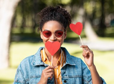 To all the single ladies: How to survive Valentine's Day